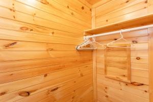 Closet of Studio Cottage